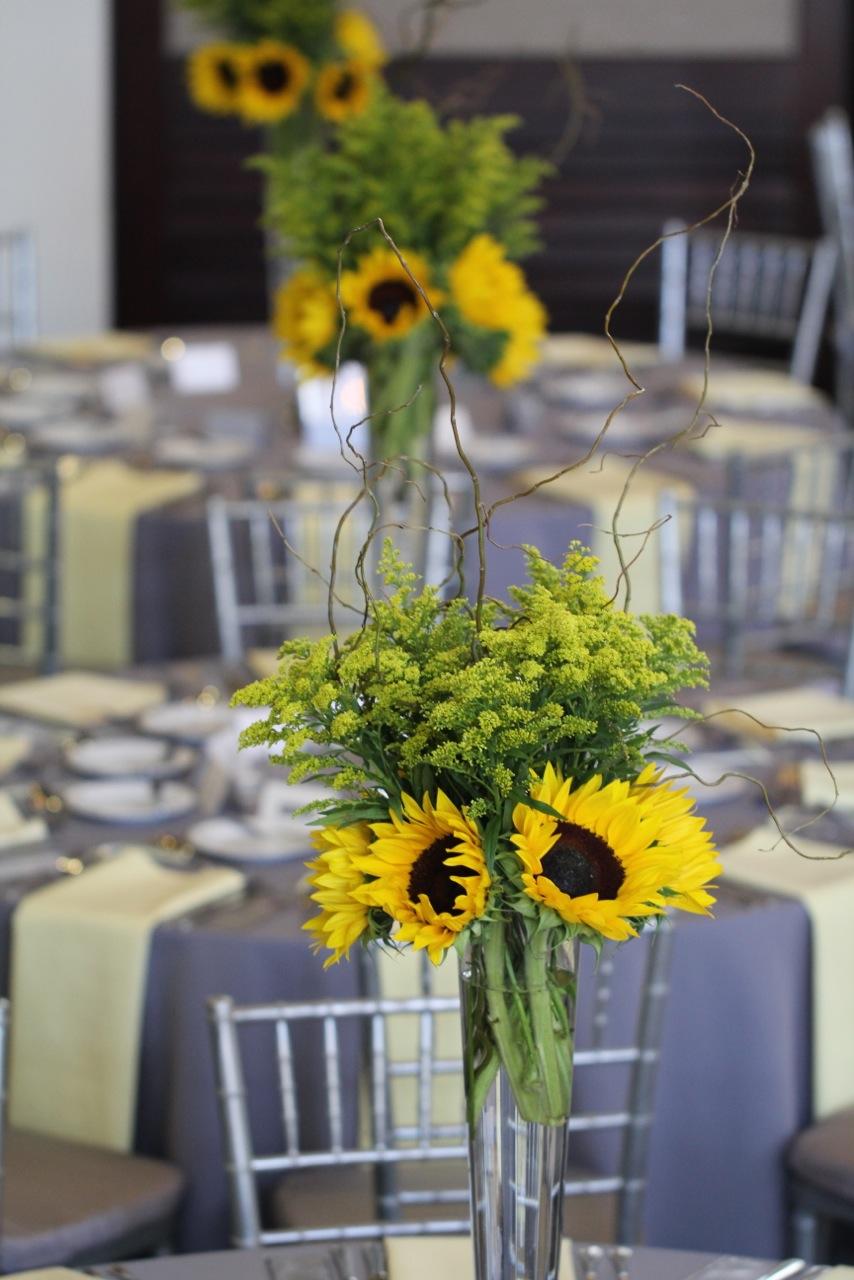 Sunflower wedding ilonka floral decorator